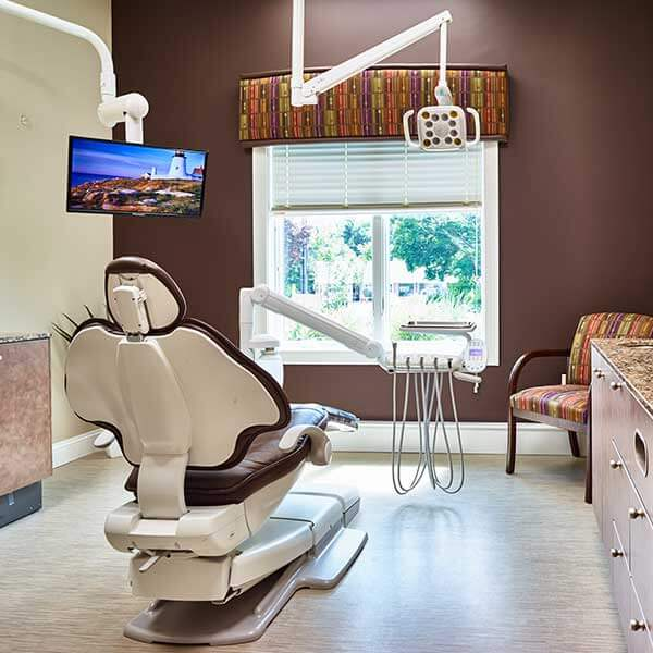 Digital Flat Screen Monitors at Arrowhead Dental